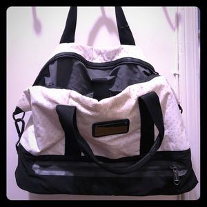 aa4d9e974e41 Adidas by Stella McCartney Bags - Stella McCartney Medium Studio Bag
